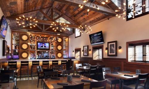 Upstairs Bar & Dining